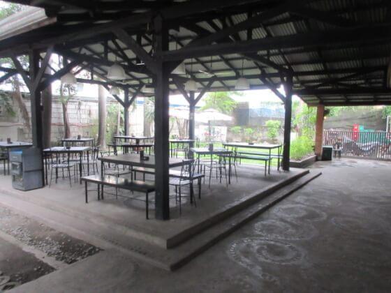 フィリピン短期語学留学クラークAELC(レストラン) (3)