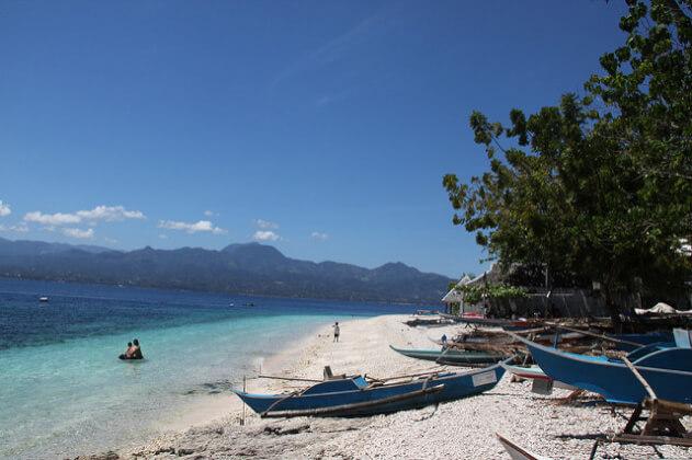 フィリピン旅行でホワイトサンドビーチ