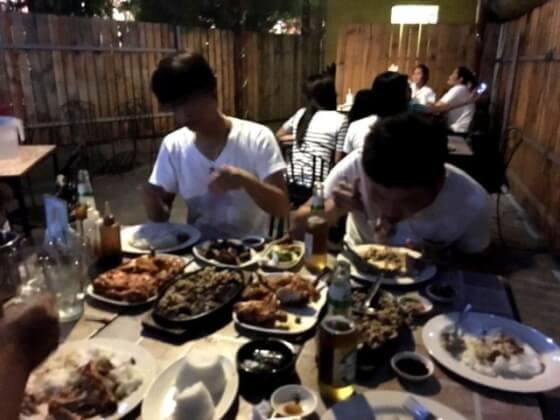 フィリピンCIPの夕食