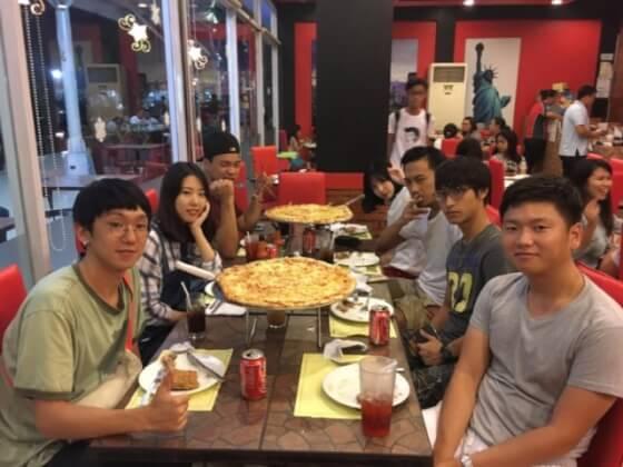 フィリピンCIPのピザ