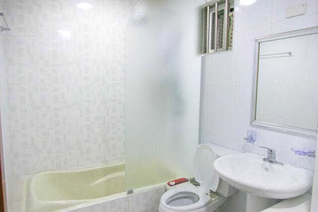2階のバスルーム