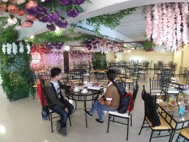 PINESカフェ