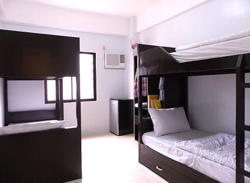 新ビル4人部屋