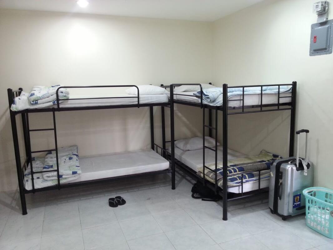 内部寮4人部屋