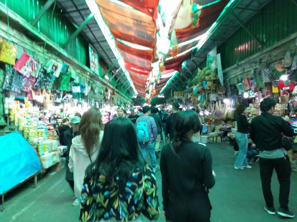 パブリックマーケット