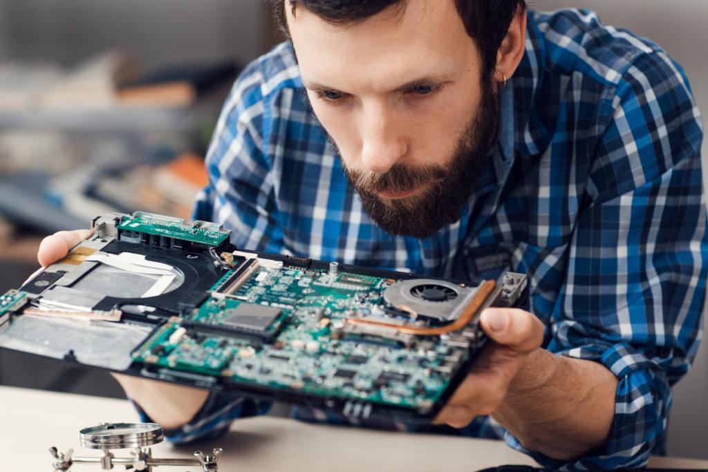 コンピューターエンジニアリング